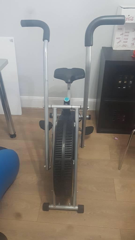 Excercise bike fitness v-fit various speeds light
