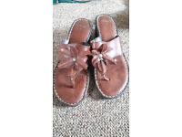 Clarks Ladies Sandles Brown with a small heels size 7 flip flop style toe post shoes