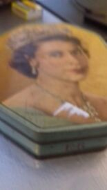 rare queen Elizabeth tin 1953