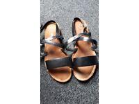 mens sandals size 9