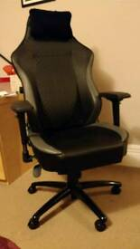 High Quality Office/Gaming Chair for £250 (RRP £370). Maxnomic Office Comfort Series.