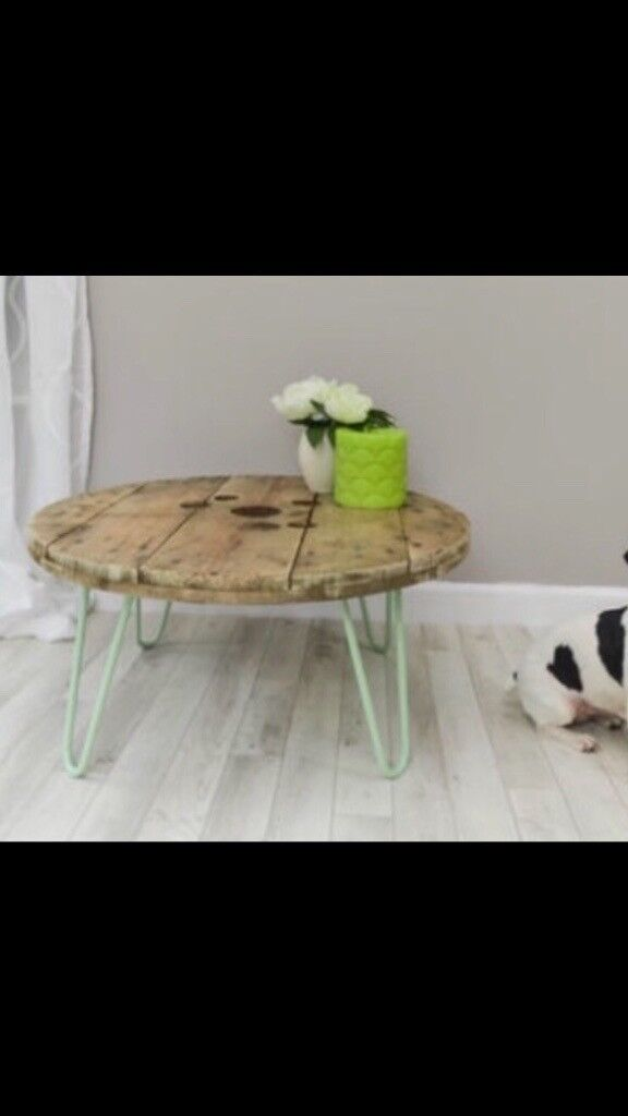 Cable reel top coffee table with min hairpin legs
