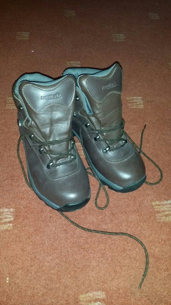 Womens Leather Walking Boots