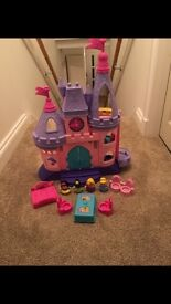 Fisher price little people Disney princess palace with princesses