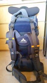 vaude baby carrier rucksack in great condition
