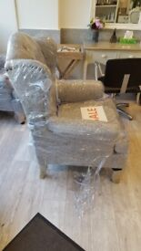 3 brand new armchairs / very good quality (nerver been used) / imported from Thailand