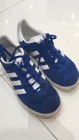 Adidas galaxy trainers size 5.5