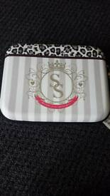 Sugar & Spice tablet case with cosmetics