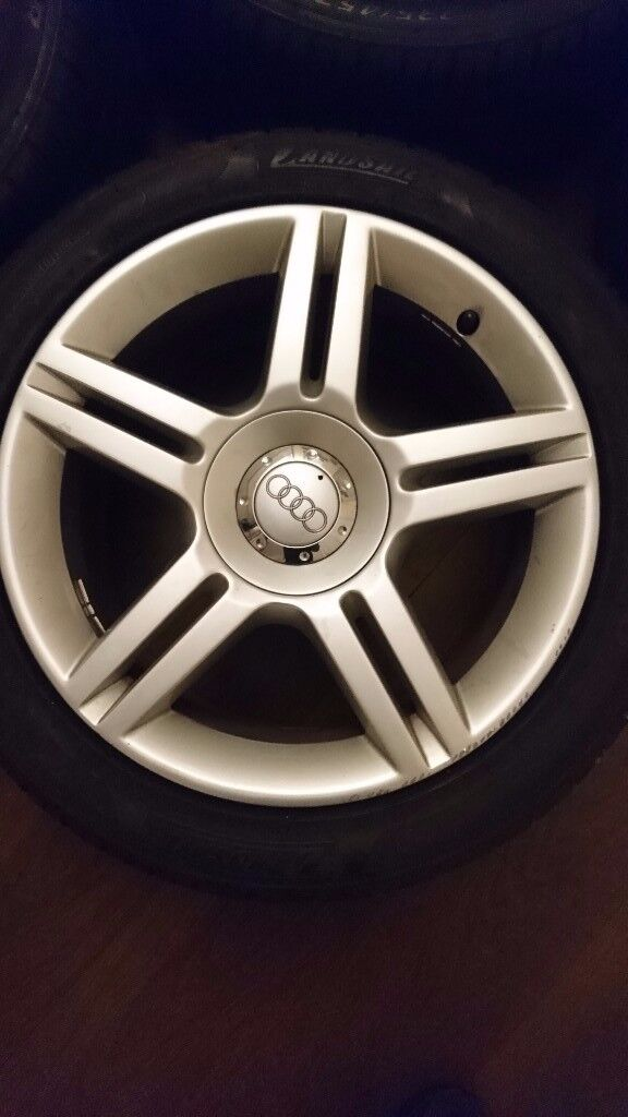 Audi A4 wheels x4 genuine off S-line very clean condition