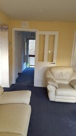 1 bedroom unfurnished flat for rent in quiet area of Paisley