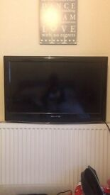 "32"" Akura Flatscreen tv for sale"