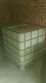 2 water tanks 1000 ltr used and 500 ltr NEW