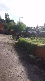40 tons of good top soil suitable for all gardens and vegtable growings also good for allotments