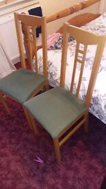 Table and chairs size 43x28 good condition must go have no room £35 pick up only