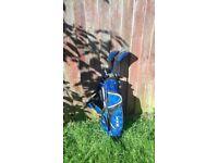 Childs golf bag & clubs