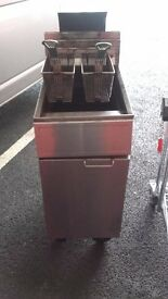 FRYMASTER TWIN GAS FRYER CATERING EQUIPMENT RESTAURANT CLEARANCE