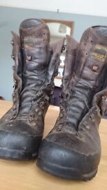 Meindl Dovre Extreme GTX stalkers/hill boots - Size 7
