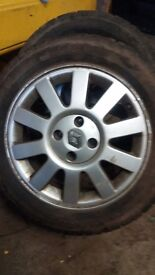 4 Renault rims and tyres