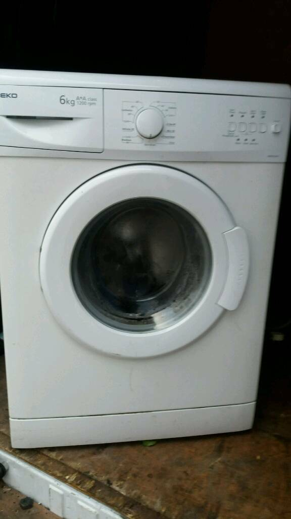 BEKO WHITE WASHING MACHINE
