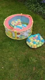 Ball pool with 3 bag of balls