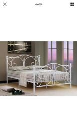 New queen size white metal bed frames