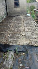 Paving slabs / patio slabs for free