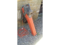 Garden Leaf blower and vacuum -used but in full working order