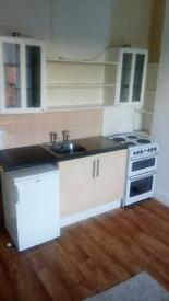 One bedroom flat @ £105.00/week Available now