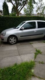 Renault clio for sale. Good little runner. Perfect for a 1st time driver