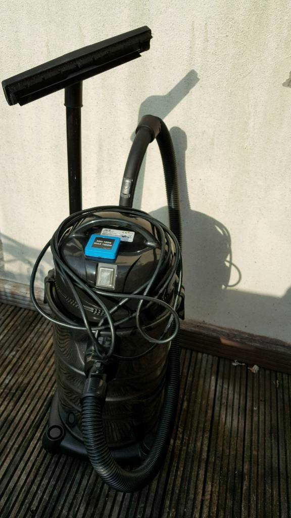 Wet and dry vacuum cleaner with all attachments
