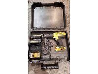 18V DeWalt combi hammer drill + 2 battery