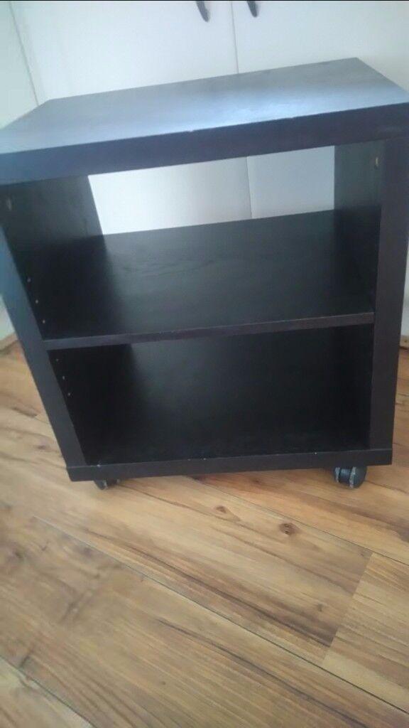 Mobile shelves units