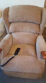 Armchair recliner electric