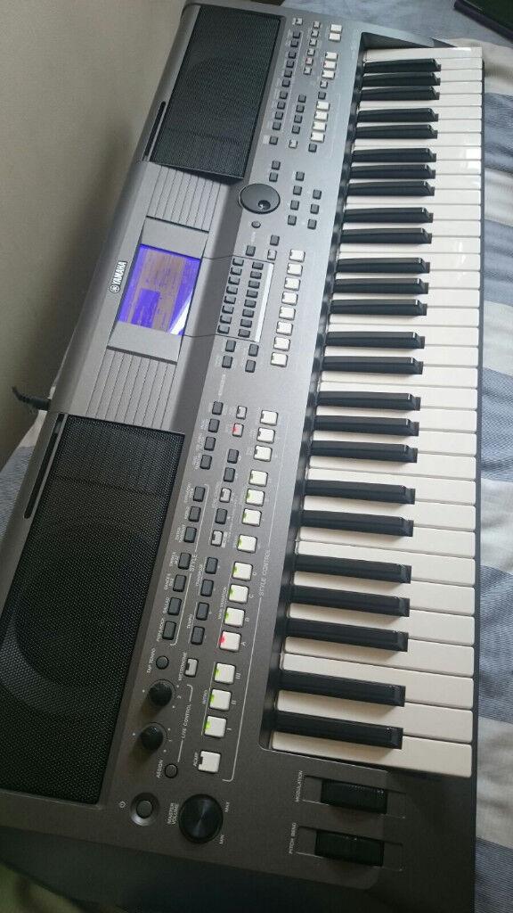 yamaha psr s670 61 key arranger workstation keyboard in aberdeen gumtree. Black Bedroom Furniture Sets. Home Design Ideas