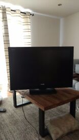 42inch TOSHIBA REGZA 1080p HD LCD TV