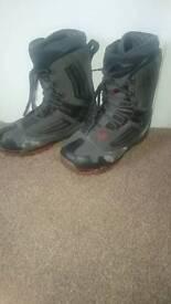 Vans snowboard boots size 11