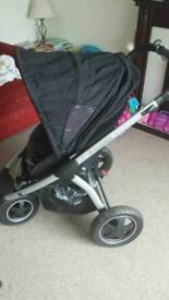 Maxi-Cosi Mura Plus Pushchair with Carry Cot