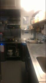Commercial kitchen available for rent and hire for Uber eats and Deliveroo. SE5