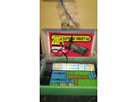 200in one electronic project kit!with accessories!bixed and manual!Can deliver or post!