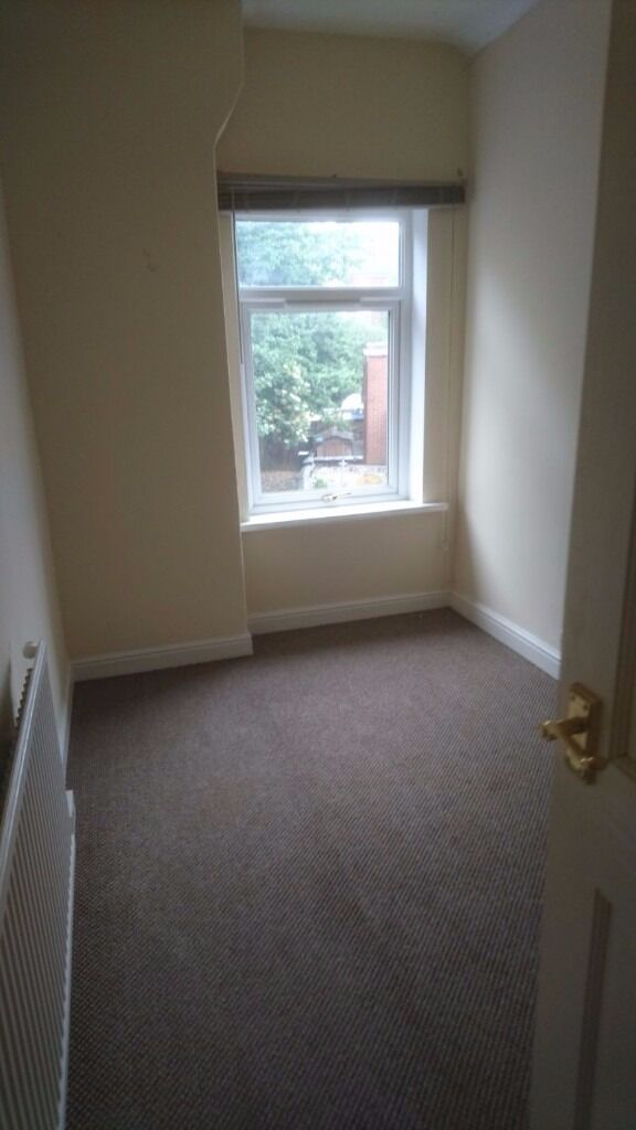 **TO LET** 3 BED HOUSE -MERRICK STREET-LOW RENT-DSS ACCEPTED-NO DEPOSIT-PETS WELCOME^