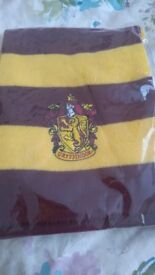 Harry Potter Gryffindor Scarf - brand new in packaging