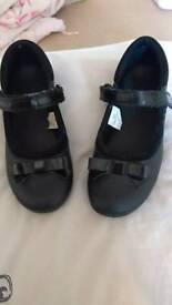 Size 11 girls school shoes