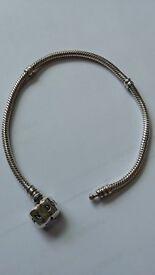 Pandora Bracelet & 10 Charms/Clips