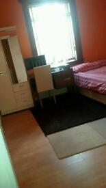 Spacious double room will be rented all inclusive at Craigmillar