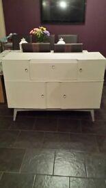 Dresser or side board