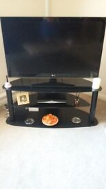 LG 42 inch tv with stand