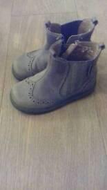 Boys chelsea boots 6f startrite