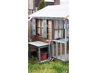 Play house, quite large. Painted and treated. New roof. Carpeted. Buyer dismantle and collect.
