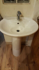 Bathroom sink (IDEAL STANDARD) and pedstal, with mixer tap, trap, flexi hoses.