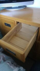 Solid Oak Wardrobe and Cheat of Drawers